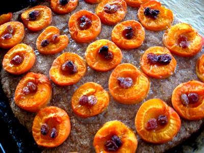 Marillen-Kuchen aus Vollkornteig